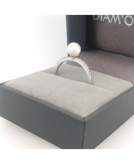 Pierścionek srebrny z perłą